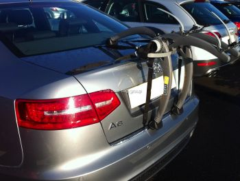 Audi A6 Saloon bicycle rack : 2 bikes 32kg max