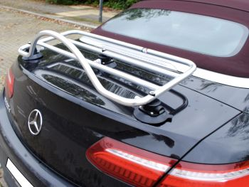 a238 mercedes benz e class with a revo-rack pa luggage rack fitted to the boot